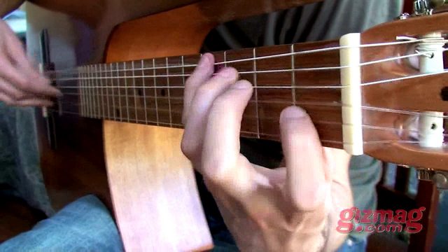 Thumbnail of Vimeo video: Leonard Grigoryan reviews the Kinny Stereo Acoustic Guitar for Gizmag